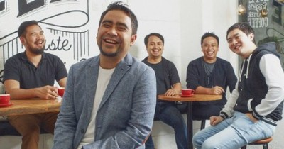 Abdul & The Coffe Theory - Yang Penting Happy