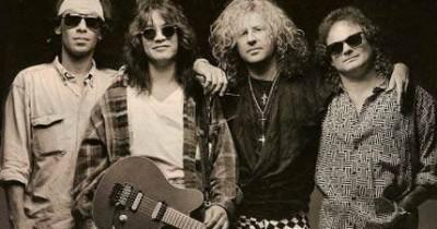 Van Halen - On Fire