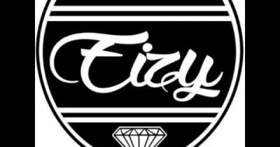Eizy dan Yannaryu - Di Balik Indah