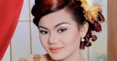 Putri Silitonga - Selamat Ulang Tahun (Selamat Ulang Tahun ma di Ho Inang)