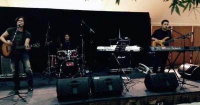 One The Way Band - Ingin