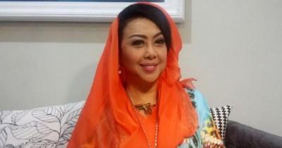 Rita Dinah Kandi - Kisah Kota Kecil