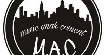 M.A.C - Cuma Saya