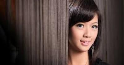 Adelia Lukmana - Sungguh Sempurna